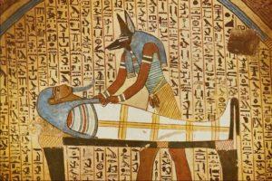 Анубис и мумия фото