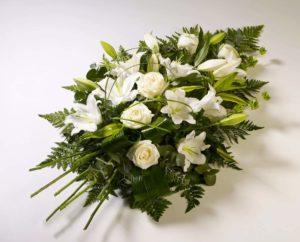Букет из белых цветов, фото