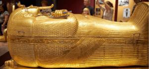 Драгоценный саркофаг фараона фото