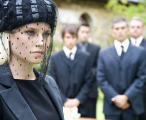 Головной убор женщины на похороны фото