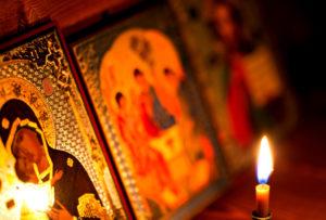 Икона и свеча фото