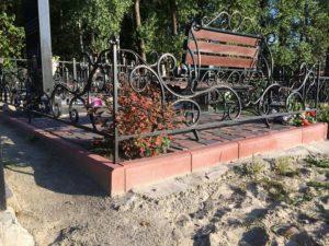 Кладбищенская ограда фото