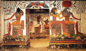 Настенные рисунки в усыпальнице Нефертари фото