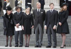 Одежда на похороны фото
