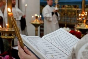 Отпевание в церкви, фото