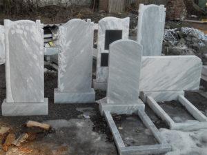 Памятники из мрамора, пример фото
