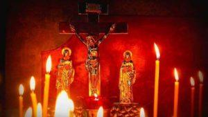 Свечи в церкви фото