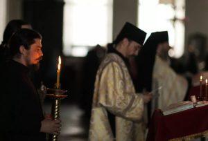 Молитва в церкви фото