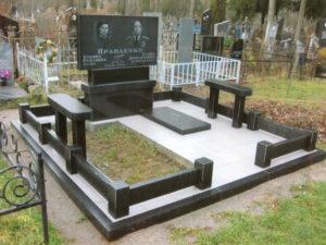 Ограда для могилы из гранита фото