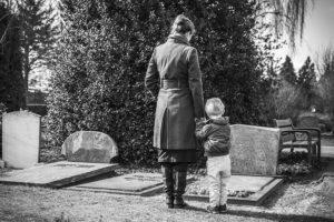 Смерть родственника фото