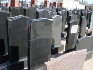 Памятное надгробие из искусственного камня фото