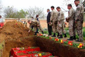 Перезахоронение солдат фото