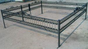 Металлическая ограда фото