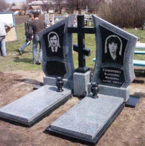 Семейный памятник смешанного типа фото