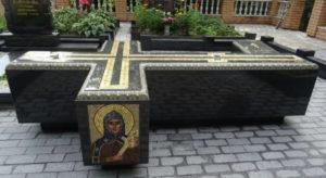 Крест с мозаикой фото