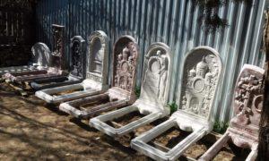 Памятники из бетона фото